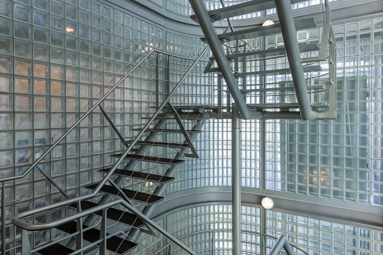 Treppenanlagen, Stahltreppen für innen und außen